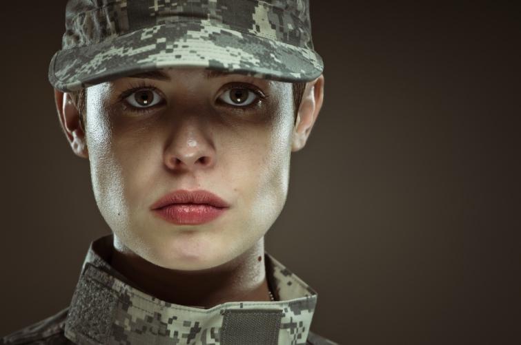 Жінці в армії місце