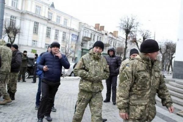 Покарання за незаконне носіння військової форми